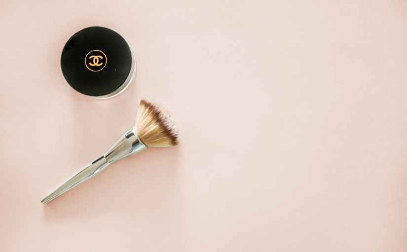 gray makeup brush